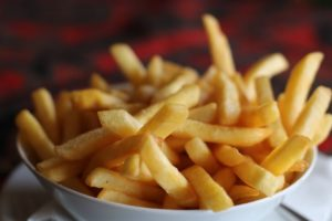 Unsaturated fat not cholesterol causes cancer